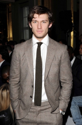 http://alexpettyfer.cowblog.fr/images/londoncollection2.jpg